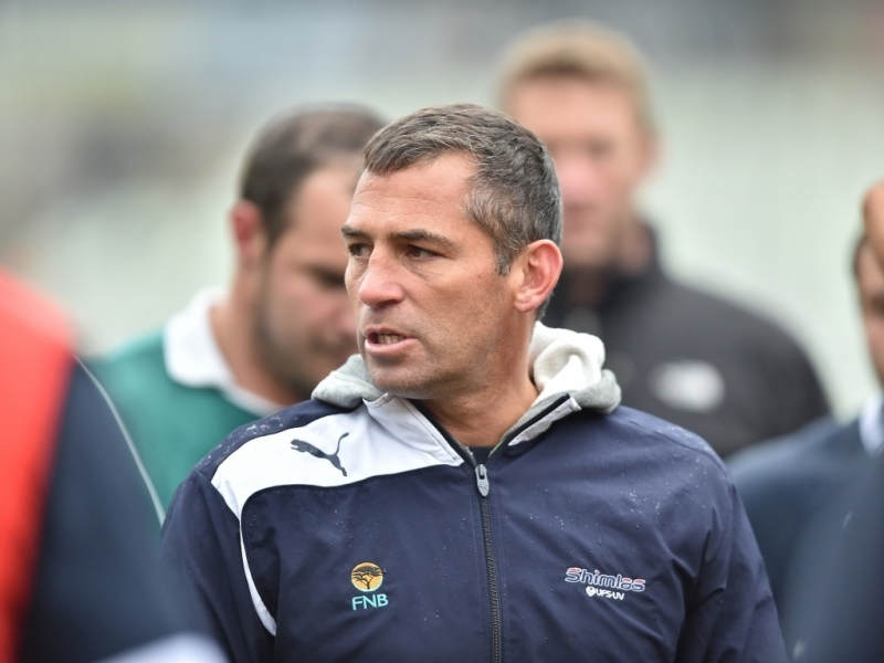 1022.6666666666666x767__origin__0x0_Franco_Smith_Cheetahs_head_coach_2015